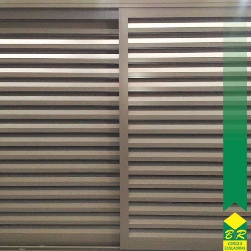 Esquadria de Alumínio Veneziana sob Medida Piedade - Esquadria de Alumínio Porta Pivotante
