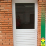esquadrias alumínio porta Cesário Lange