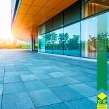 instalação de fachada de vidro laminado Conchas