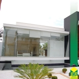 instalação de fachada de vidro Conchas